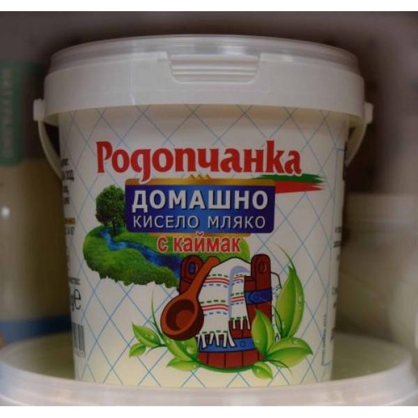 """Домашно кисело мляко с каймак """"Родопчанка"""" 1,100кг."""